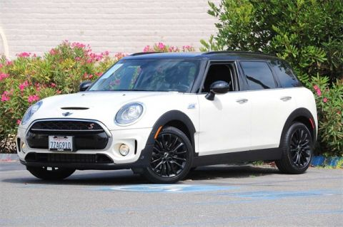 Pre-Owned 2018 MINI Cooper S Clubman FWD 4D Wagon